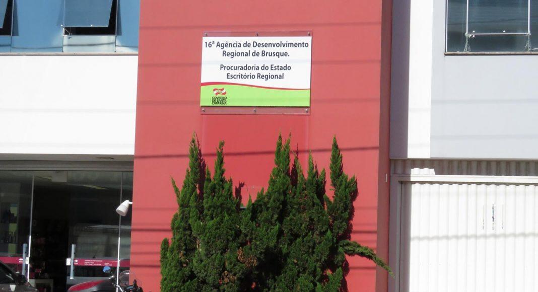 Pinho Moreira desativará 4 secretarias e 15 agências regionais