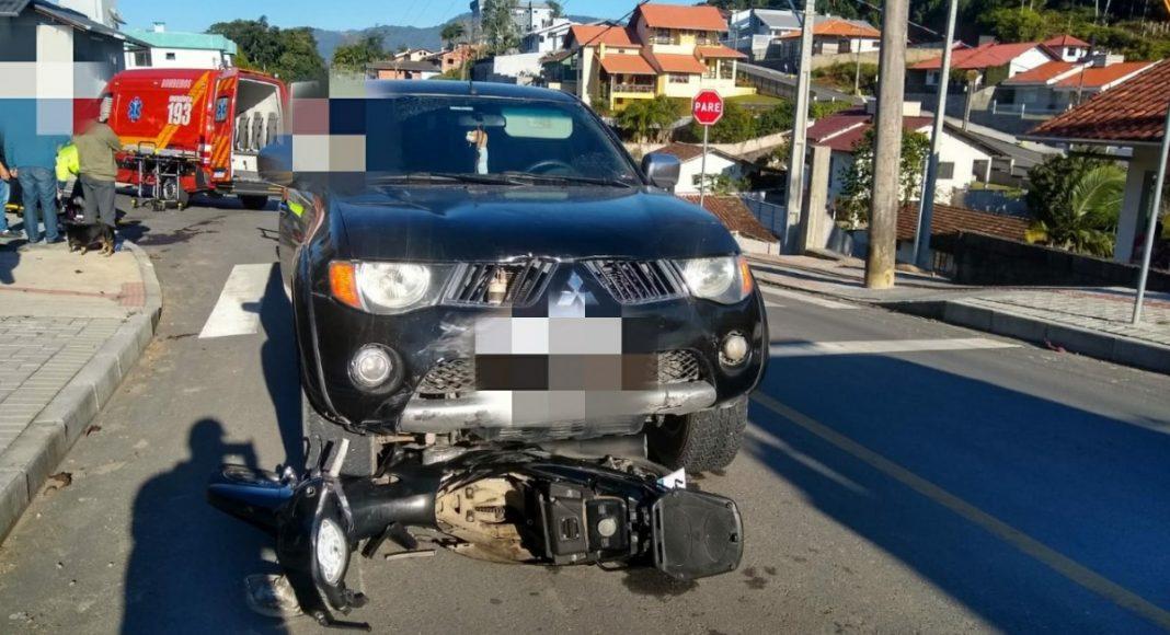 Motociclista é socorrido em estado grave pelo Arcanjo em Timbó